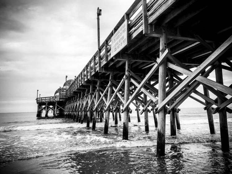 Distance -- Apache Pier, Myrtle - unflux | ello