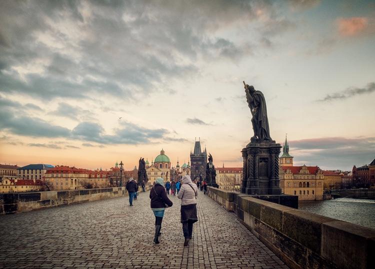 Explore - Prague, Czech Republi - juangonzalez | ello