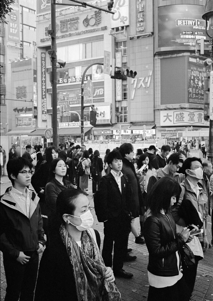 Waiting Shibuya Crossing, Tokyo - stanleyomar | ello