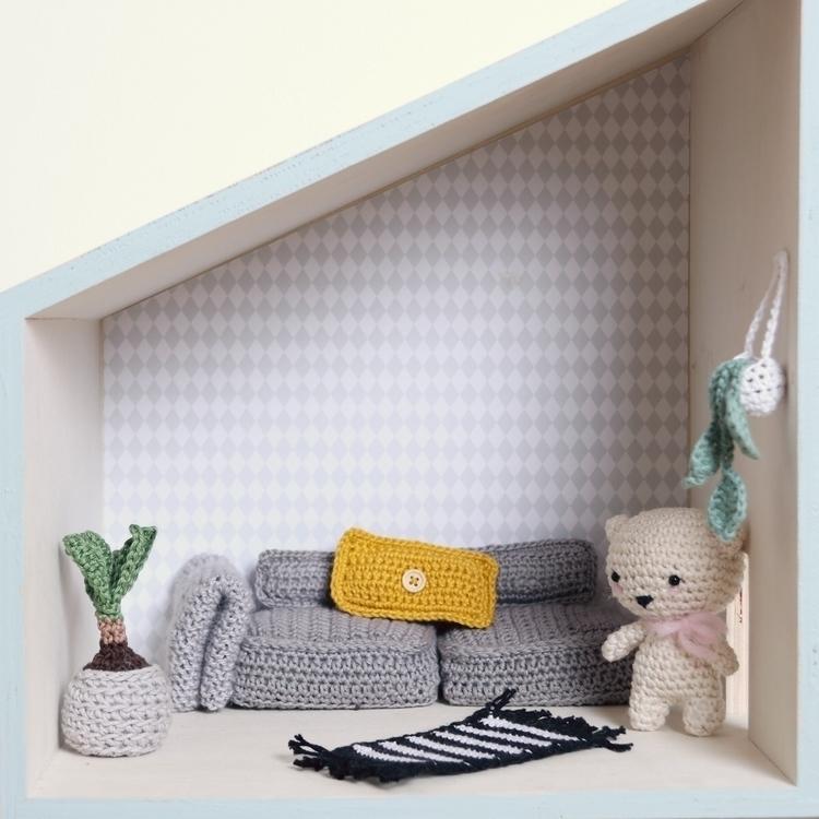 dollhouse - inart | ello