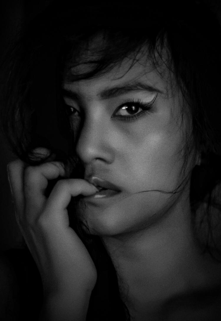 great > Photographer Dhanny  - portrait_blackandwhite | ello