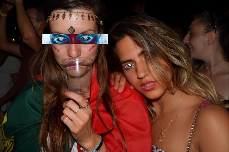 London - girls, photo, festival - mishanich | ello