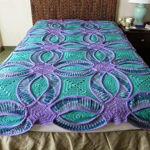 bed! friends, model crochet sim - brunacrochet | ello