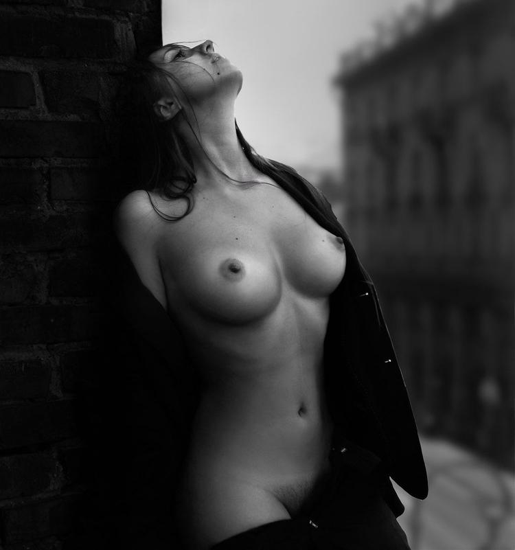 Lora Palmer Nude Photography - jc-arts | ello