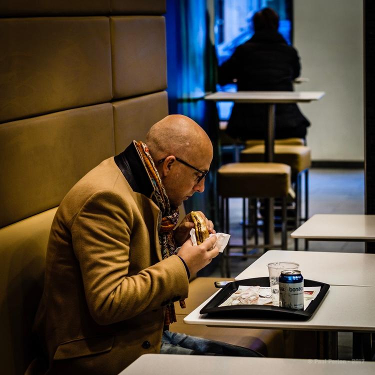 Solo lunch, Kungsgatan - Stockh - paulperton | ello