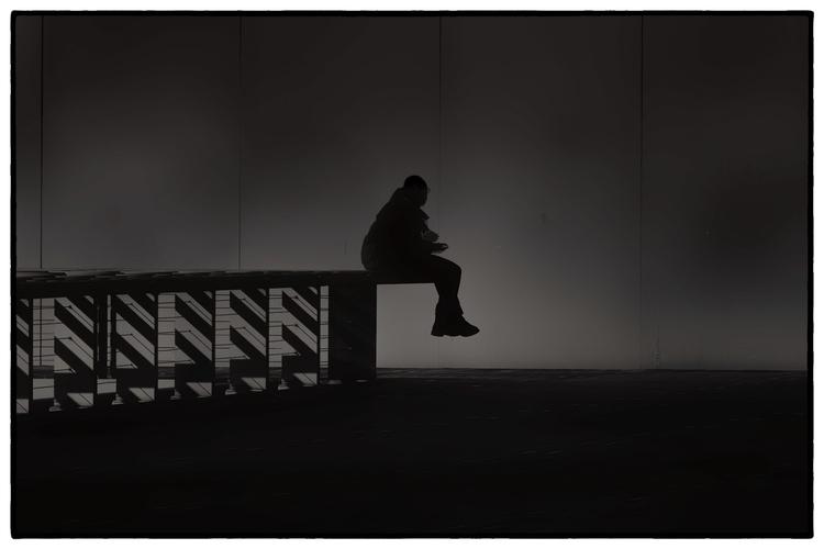 photography, bnw, paris, solitude - kwarkito   ello