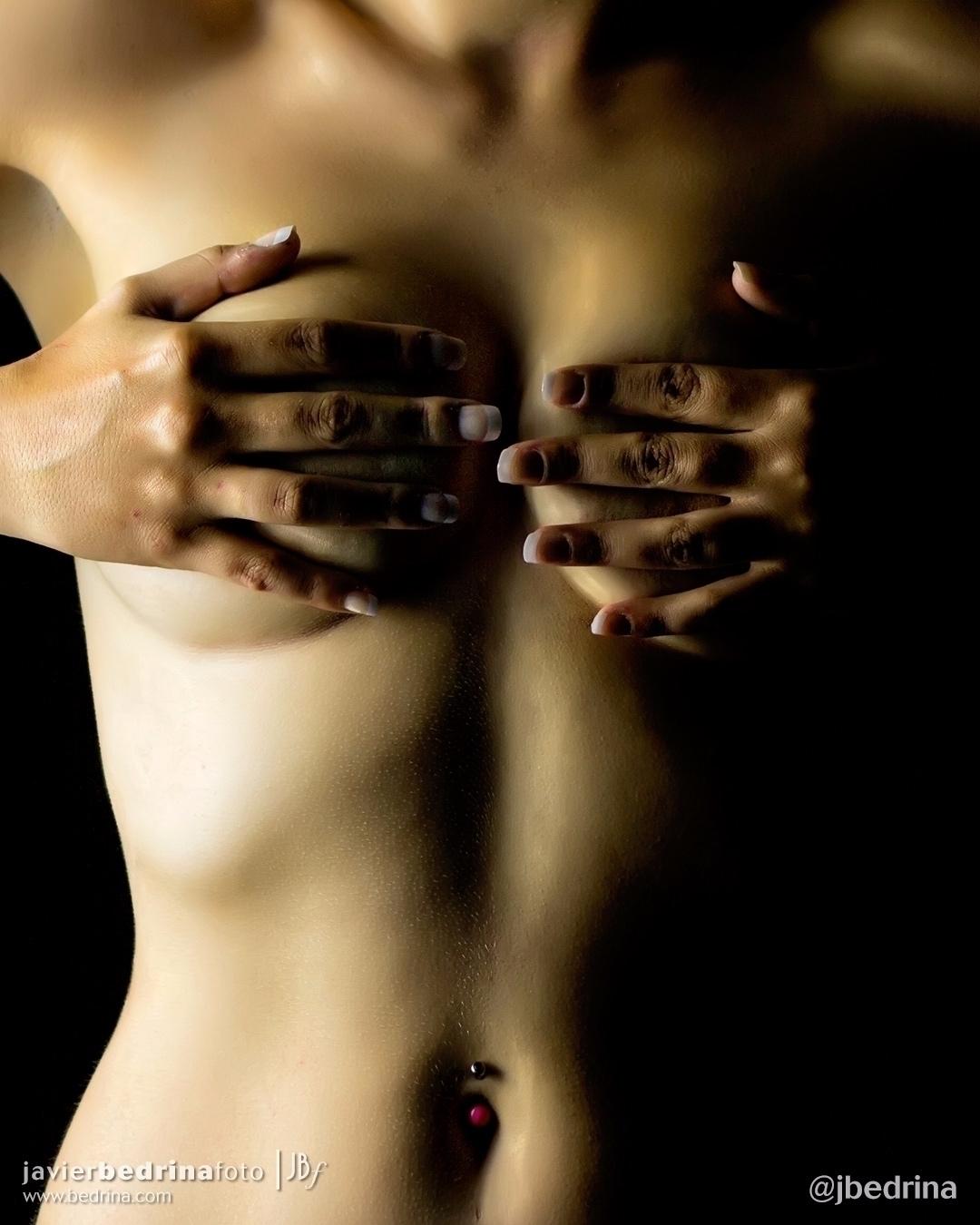 Golden Rising - nudity, bodyart - jbedrina | ello