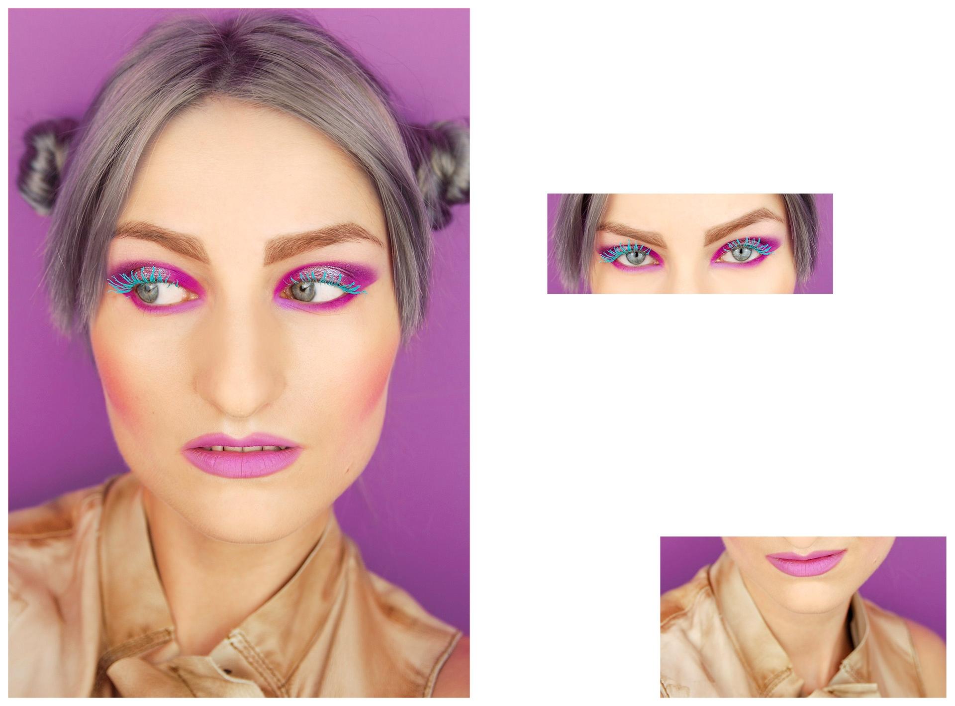 Obraz przedstawia 3 fotografie różnych wielkości. Z lewej strony widzimy największe zdjęcie przedstawiające portret kobiety na fioletowym tle. Kobieta ma pomalowane usta i oczy i patrzy w lewą stronę. Po lewej stronie widzimy dwa mniejsze zdjęcia oczu i usta tej samej kobiety.