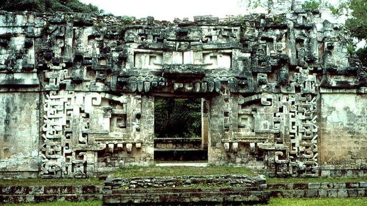 Chicanná: La Casa de la Boca Se - codigooculto | ello