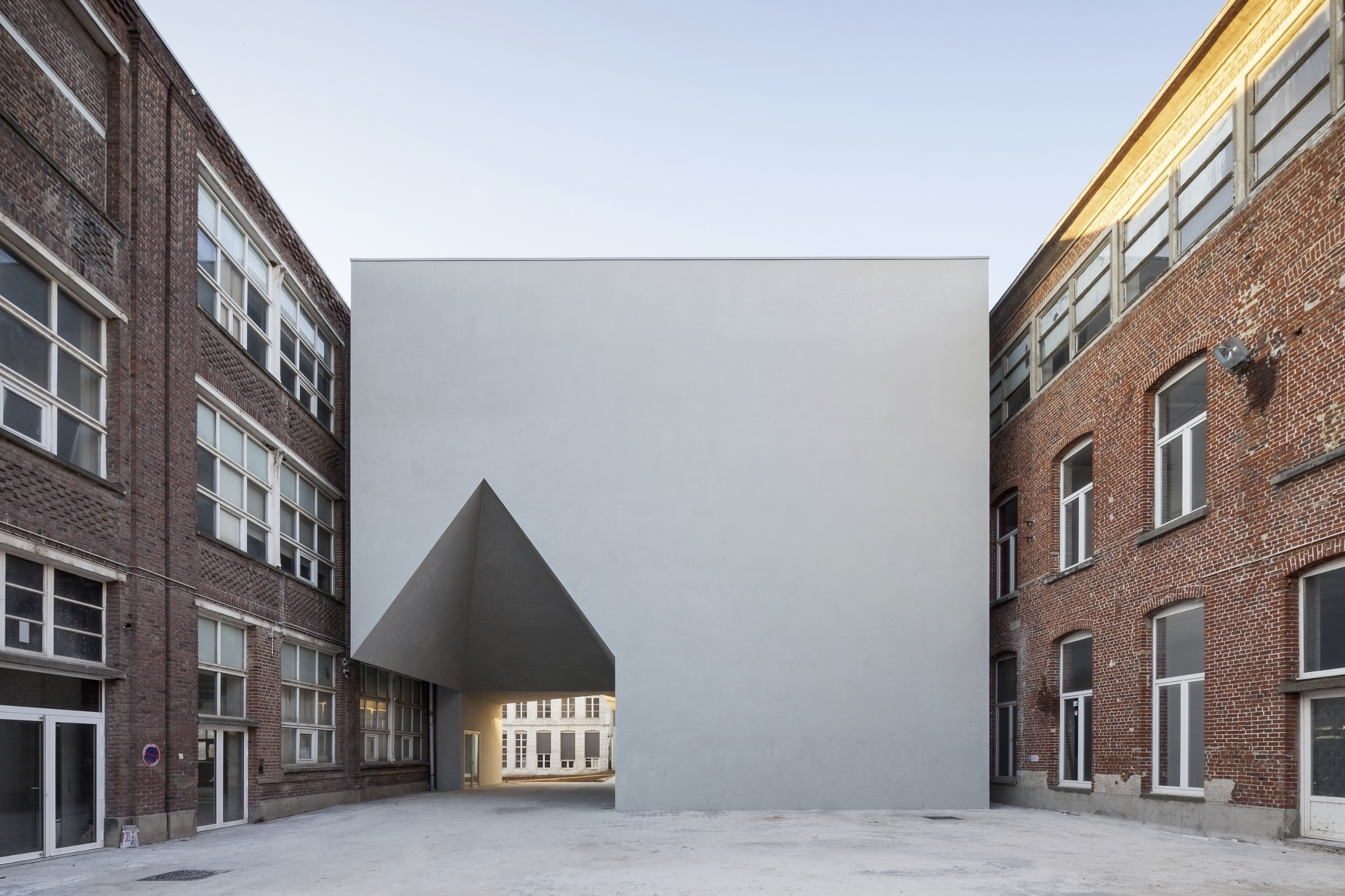 LOCI Architecture Campus UCL-To - tvdvphotography | ello