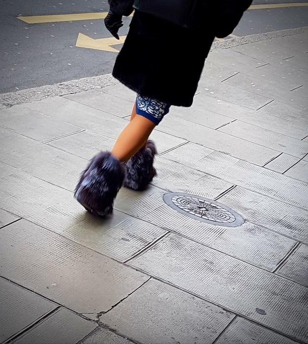Merry Legsmas! Uptown, Geneva - Legs - ziolele | ello