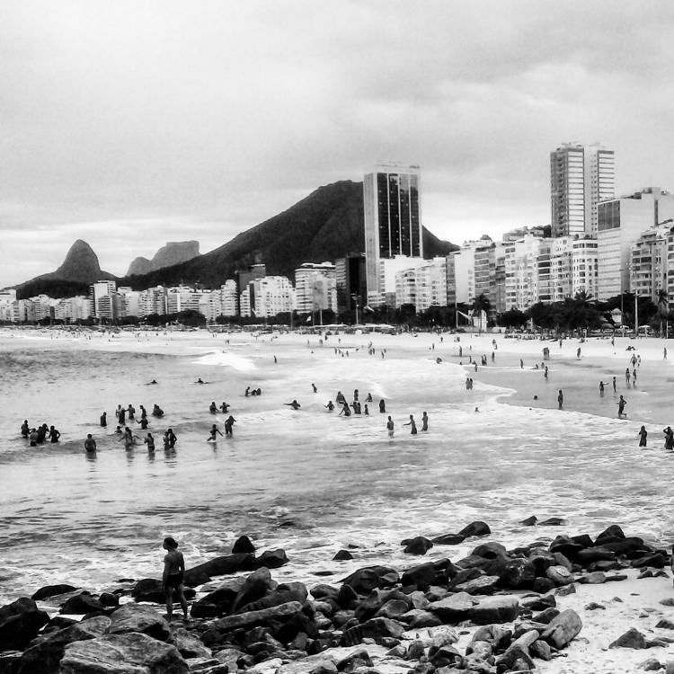 leme, copacabana, ipanema, bw - samillef   ello