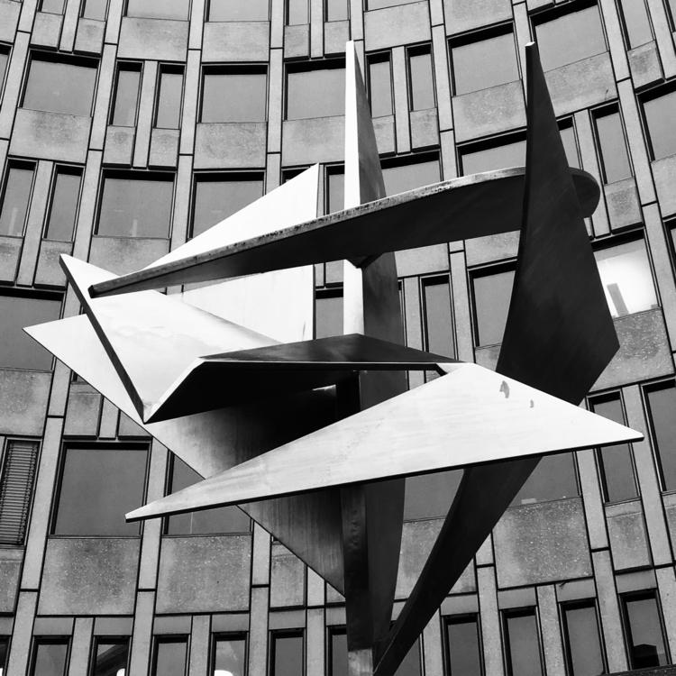 Art sculpture Oslo, Vika Haakon - stigergutt | ello