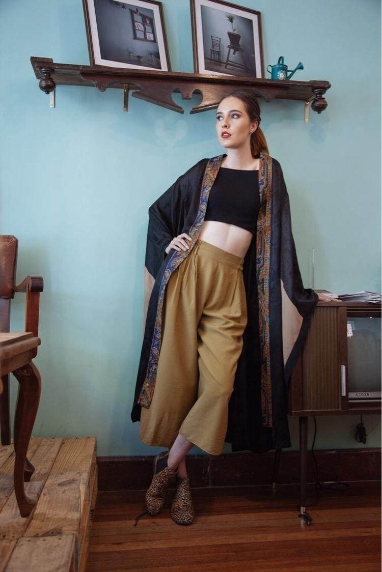 Upcycled Kimono Robe Tsuru Qent - zef_upcycling | ello