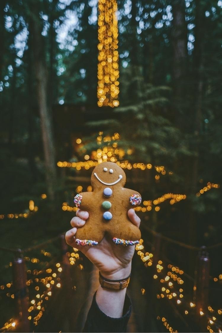 Hope great time holiday season  - davidarias   ello