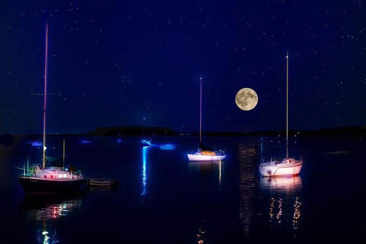 spend night small boat - moon, Sailboats - rickschwartz | ello