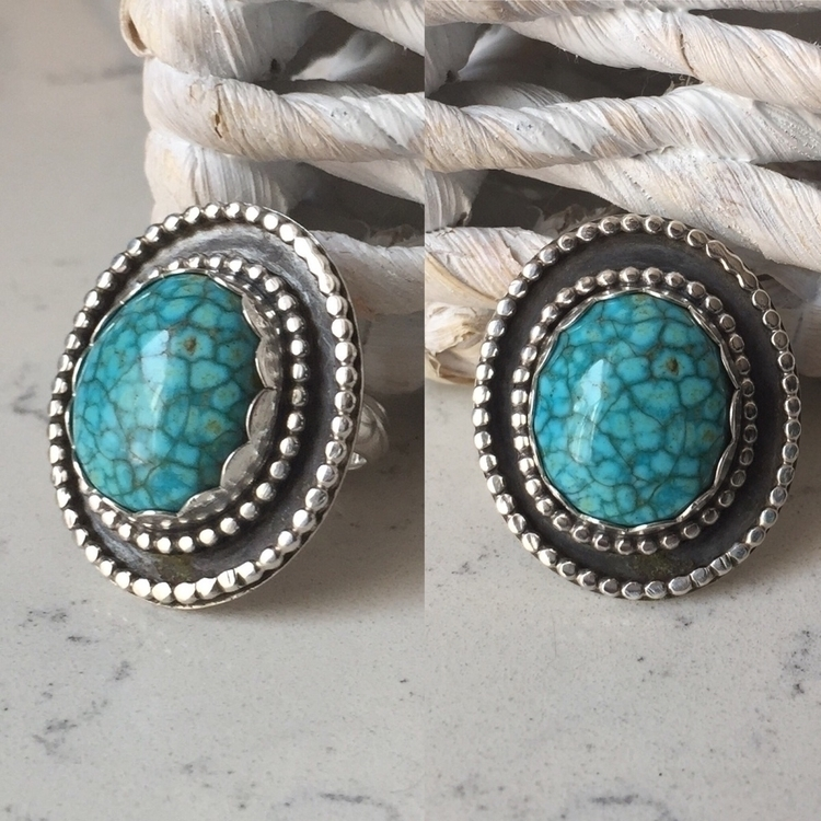 Bright Blue Turquoise Ring - turquoise - bellabychrista   ello
