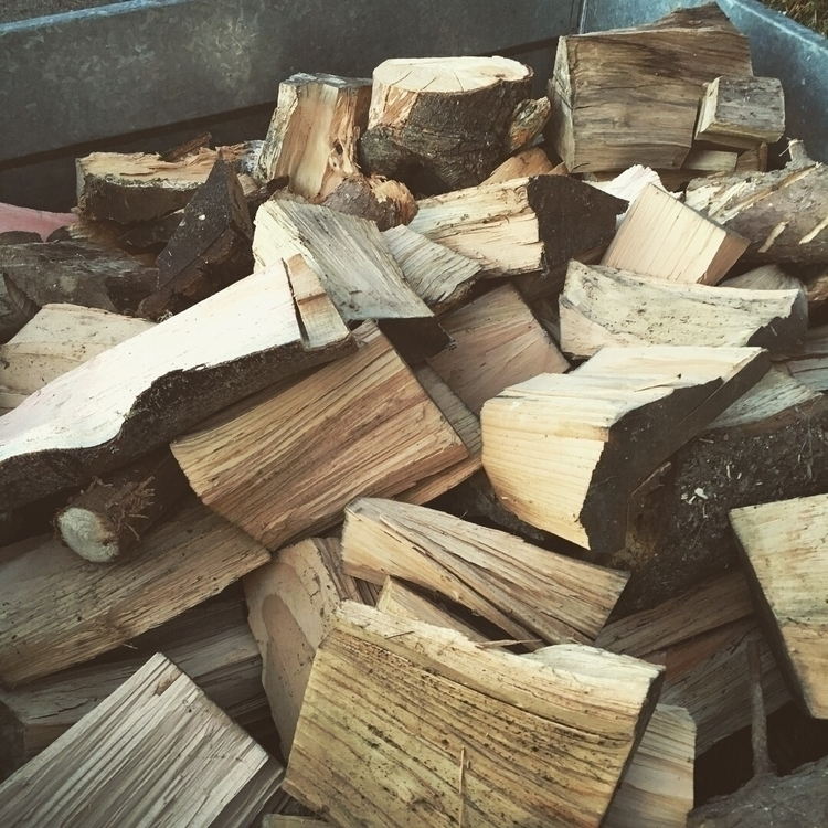 good load wood - logs, logfire, keepwarm - samvines89 | ello