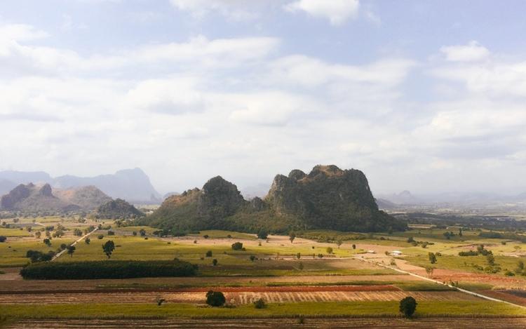 Dong Lan, Thailand (2015 - Mountain - rainbiwin | ello