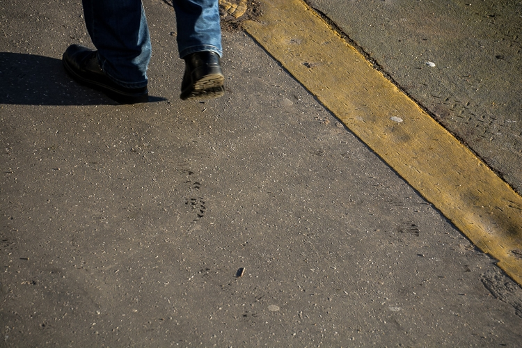 09 | 365 daily pedestrian - thedailypedestrian - myriam | ello