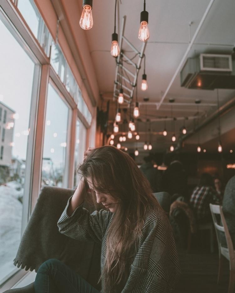 sigma, 16mm, coffeeshop, portrait - marcantoine_vachon | ello