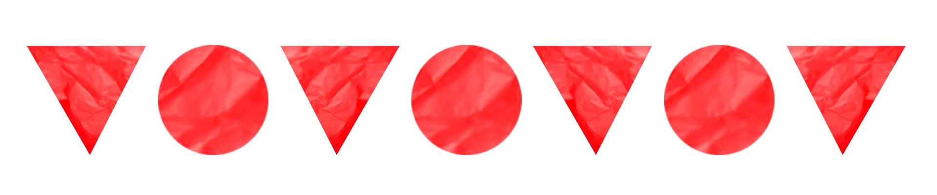 Zdjęcie przedstawia figury geometryczne, trójkąty i koła w kolorze czerwonym.