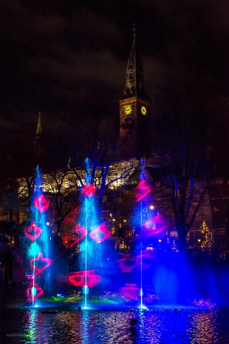 Lightshow 2 - Denmark, Copenhagen - toni_ertl | ello