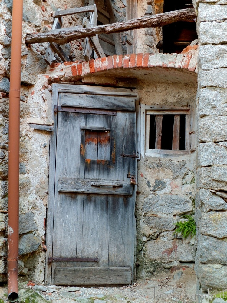 Sassaia fraction Campiglia Cerv - milanofotografo | ello