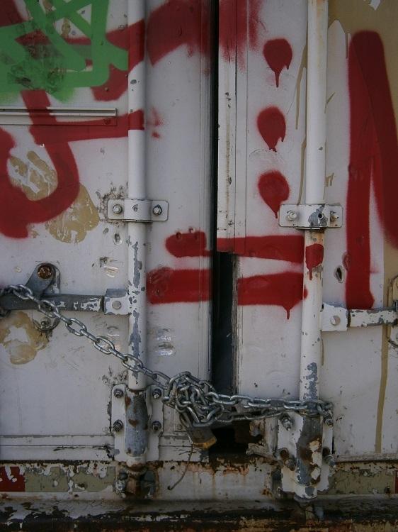 street, graffiti, urbandecay - hic_sunt_dracones | ello