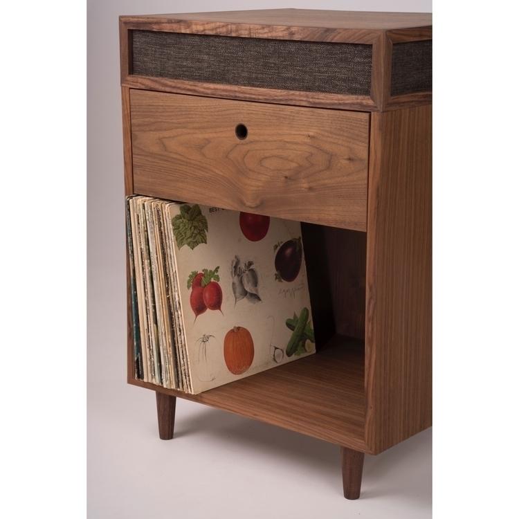 Fun record player designed - woodworking - timdemuth   ello