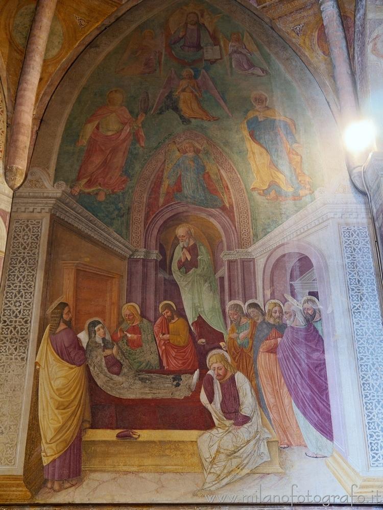 Milan (Italy): wall Chapel Virg - milanofotografo | ello