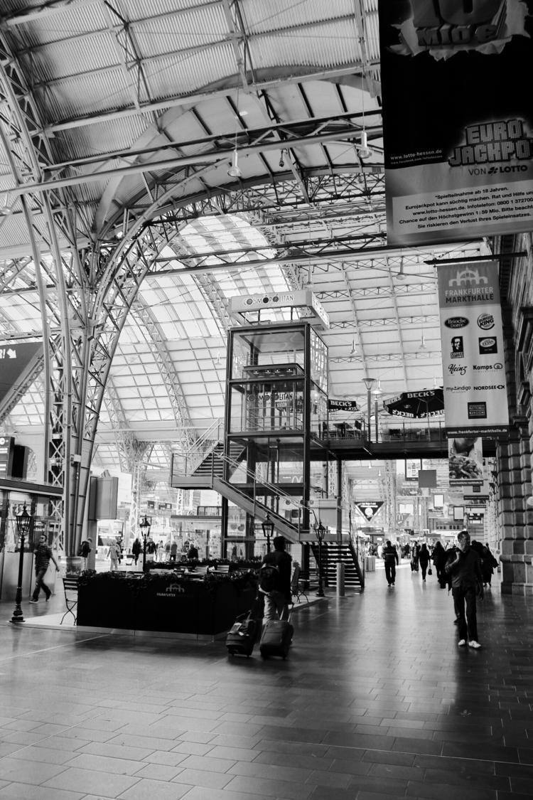 Frankfurt Hauptbahnhof (2013 - Germany - borisholtz | ello