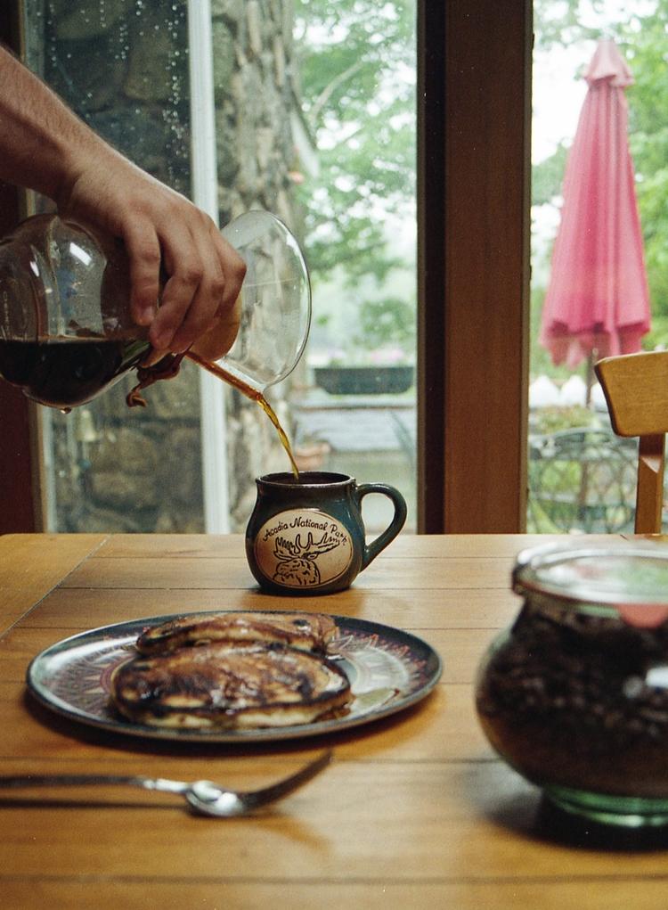 Coffee time - film, analog, elan - ekoshyk | ello