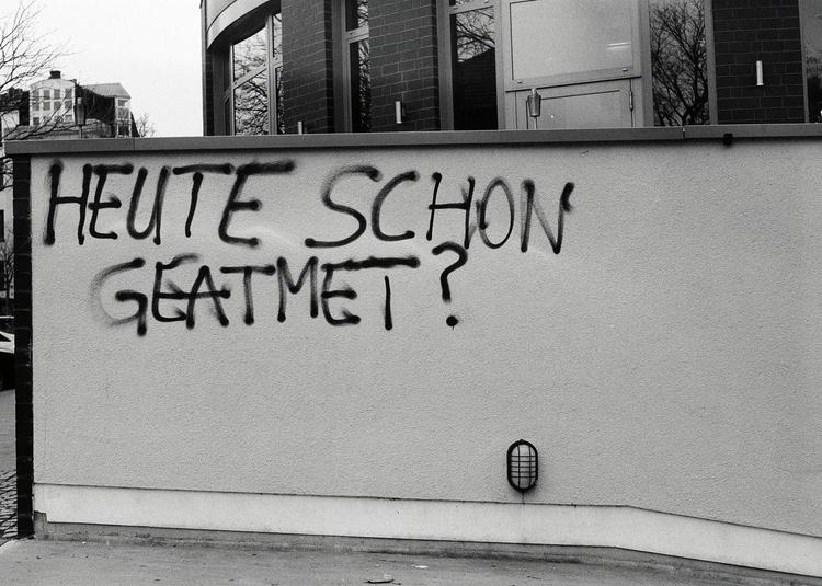 Heute schon geatmet? - *) Karme - walter_ac | ello