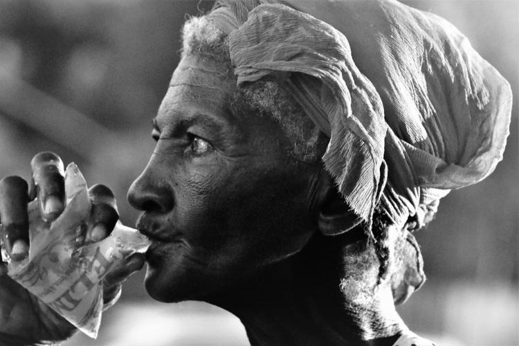Street vendor. Haiti - lenox_paris | ello