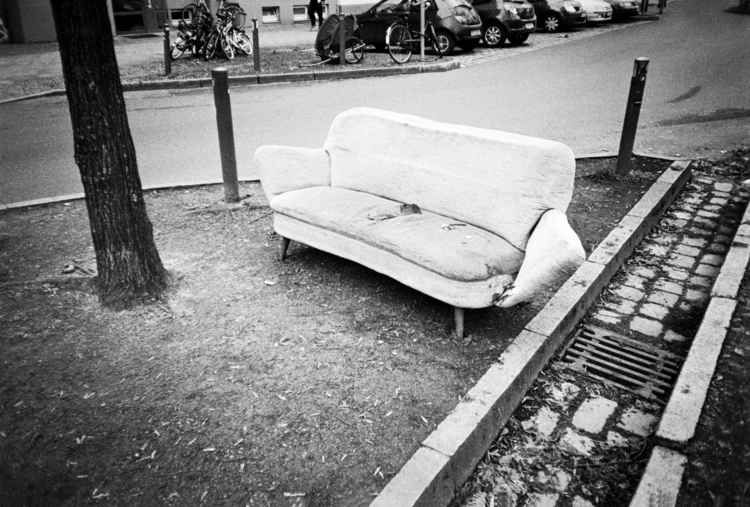 sidewalk lifes (canal couch) 20 - tinakino | ello