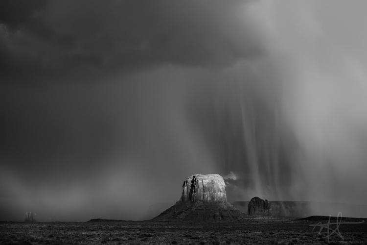 Summer rainstorm, Monument Vall - mrickard5 | ello