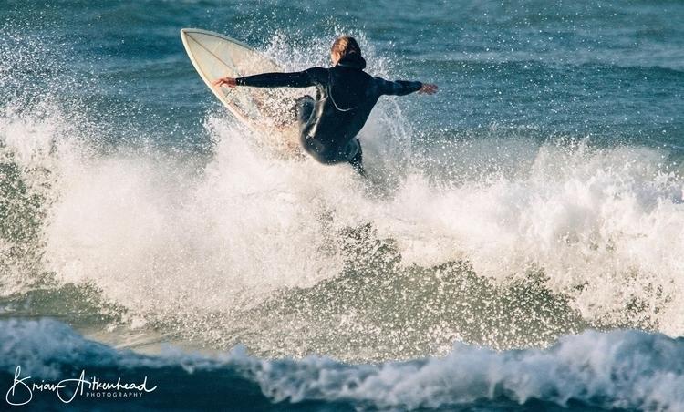 Newquay, Cornwall UK - surf, surfer - applebear1976 | ello