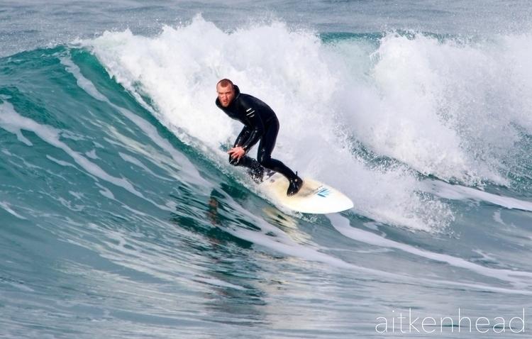 Newquay, Cornwall - surfer, surf - applebear1976 | ello