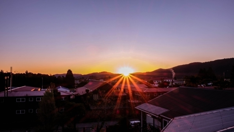 Zealand - sunset, travel, backpacker - winniepoonws | ello