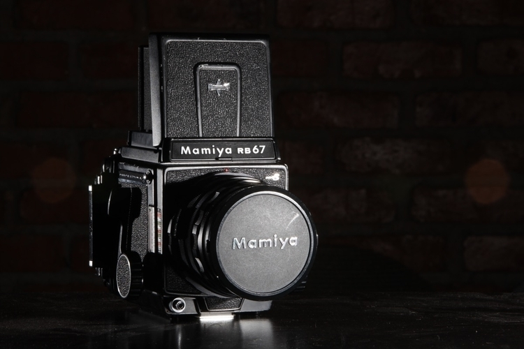 shoot Mamiya RB67 Canon 5D II - wongcarloshungkin | ello