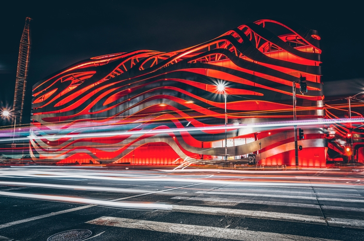 Glowing Red Fuji XT2 / XF10-24m - thrumyeyesphoto | ello