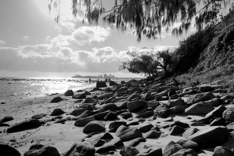 Alexanda Headlands QLD - fujifilm#beach#rocks - fishproquo | ello
