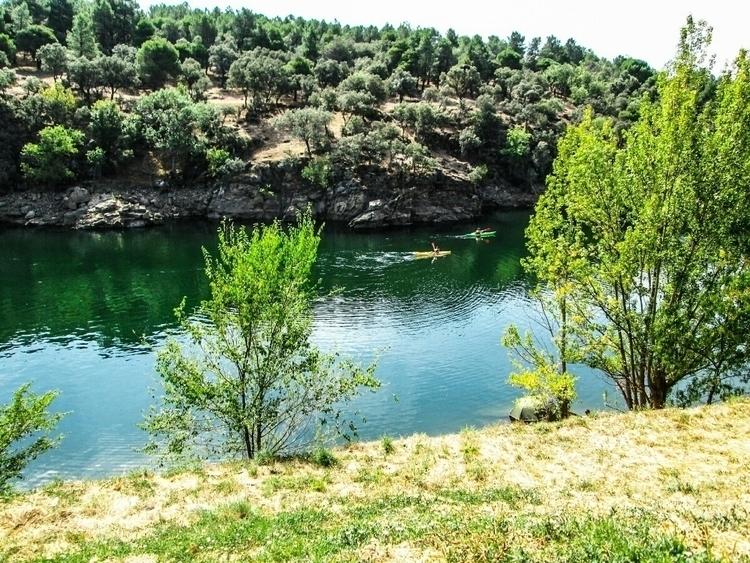 hay color Gliding emerald water - vi_bellingham | ello