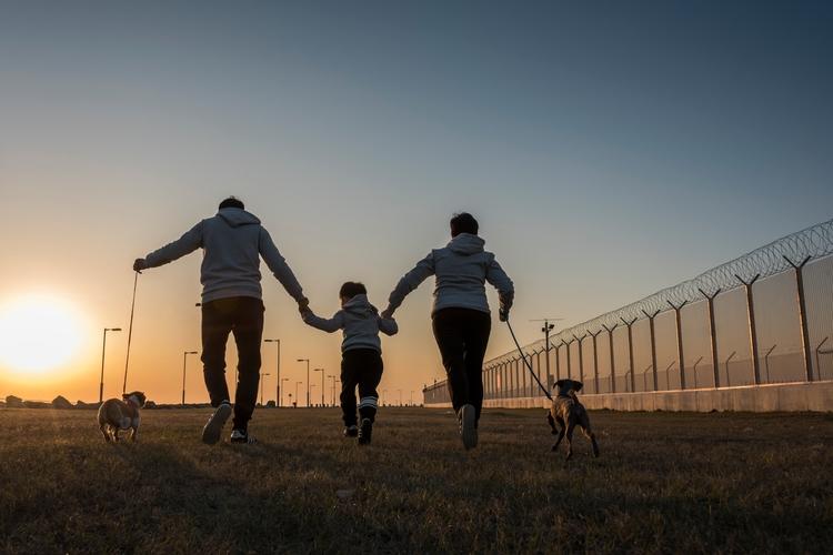 sky photo - family, happiness, love - lcpphotography | ello