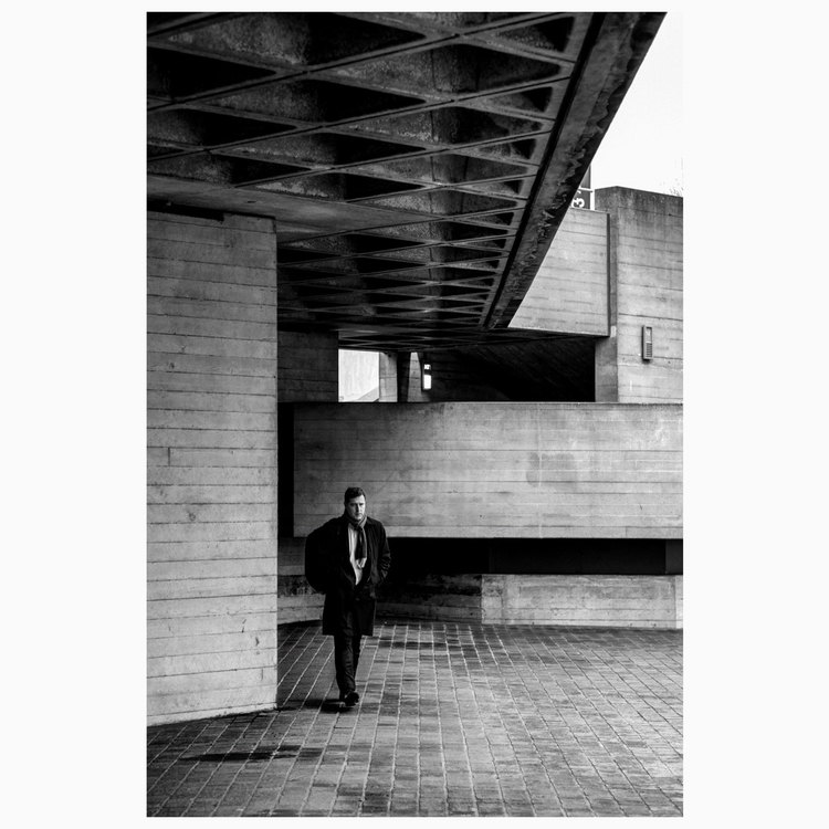 London national theater - streetphotography - worm_street | ello