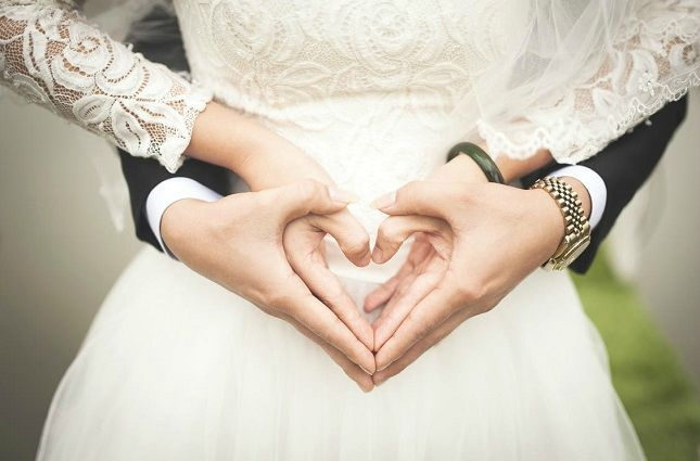 Ways Save Money Wedding - save, money - amountainmomma   ello