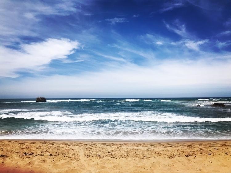16.12.17 Sorrento Beach - basicwonderwhite | ello