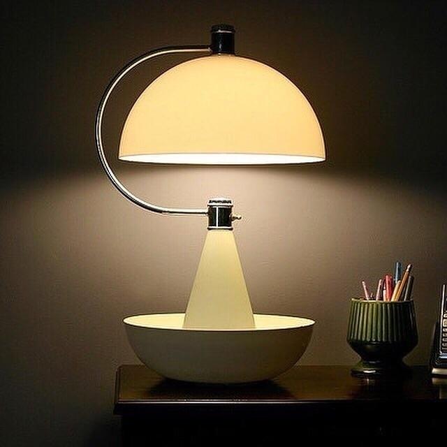 goodnight, bauhaus, lamp - bauhaus-movement | ello