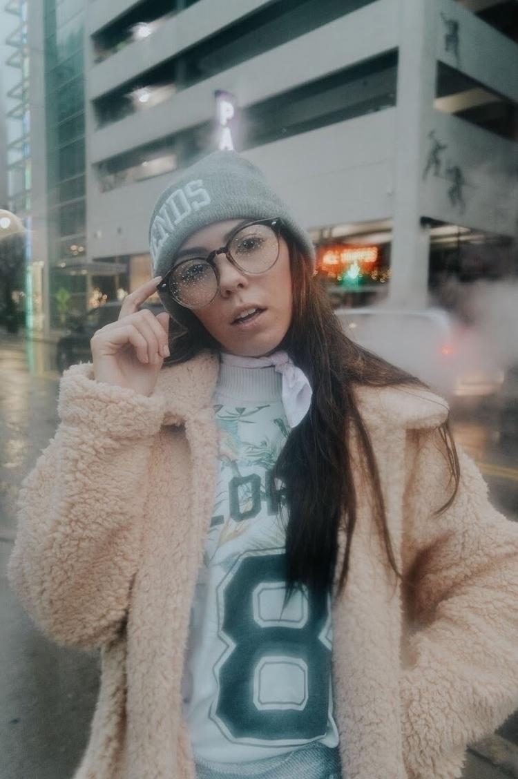 Wipe glasses, foggy. Model - portrait - whosdooley | ello